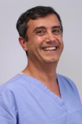 Dr Zarrinmakan